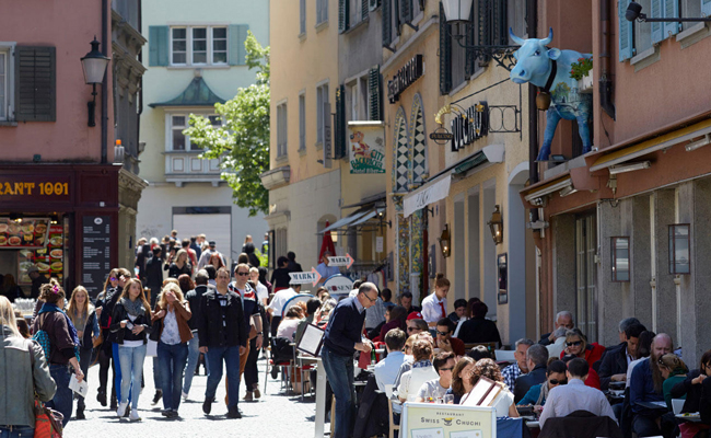 web_zurich_sightseeing_niederdorf_05